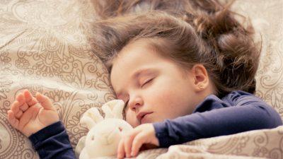 מעבר ממיטת תינוק