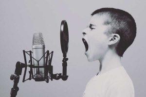 התפרצות-רגשית-של-ילדים
